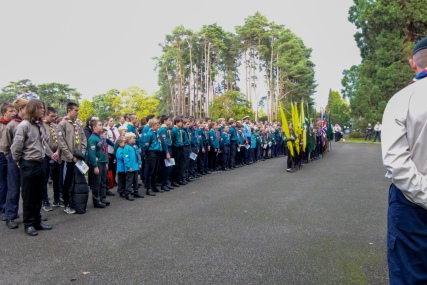 Woking District Scouts at ease