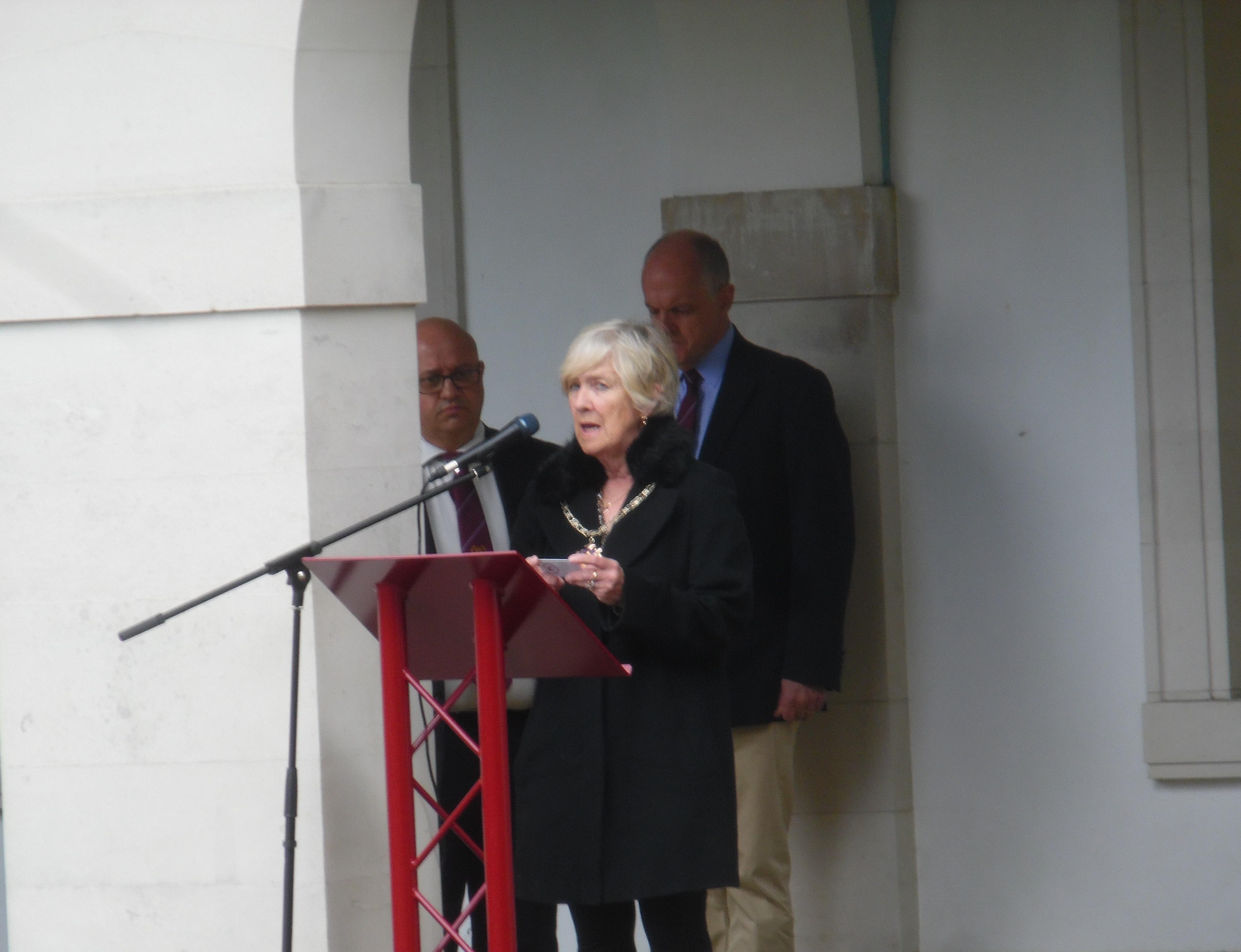 Mayor of Woking, Cllr Beryl Hunwicks